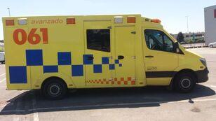 xe cứu thương MERCEDES-BENZ SPRINTER 319