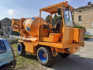 xe tải trộn bê tông FIORI DB 244