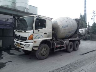 xe tải trộn bê tông HINO